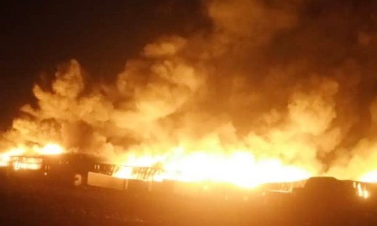 Video: Houthis bombing largest industrial complex in Hodeidah